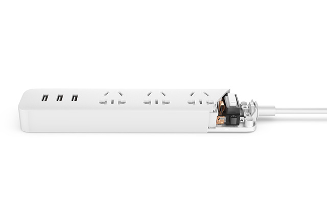 Удлинитель Xiaomi Mi Power Strip 3 розетки 3 USB
